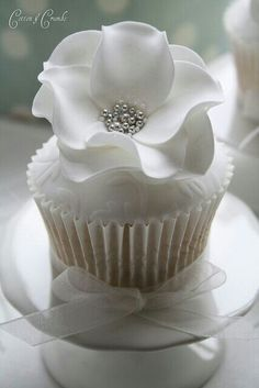 Classy white and silver cupcake