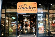 48er Tandler Auslage (c) STADTBEKANNT Nohl Vienna, Broadway Shows, Inspiration, Shopping, Display Stands, City, Traveling, Homes, Biblical Inspiration