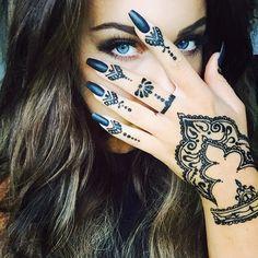 those eyes + henna