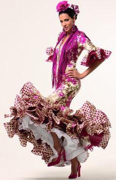 Flamenco Dancers, Flamenco Dresses, Spanish Dress, Kinds Of Dance, Spanish Wedding, Special Dresses, Party Dress, Fashion Dresses, Style Inspiration