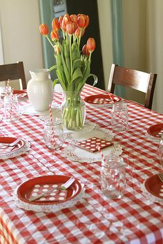 Indoor Country Picnic tablescape