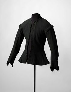 Doublet, 1680-1688.  Rijksmusem, The Netherlands. I kind of like the different silhouette that this gives.  Not sure how comfortable this would be to larp in though.