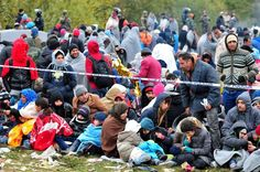 Slovenië ziet weer duizenden grens passeren