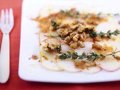 Carpaccio von Apfel und Walnüssen ist ein Rezept mit frischen Zutaten aus der Kategorie Gemüse. Probieren Sie dieses und weitere Rezepte von EAT SMARTER!