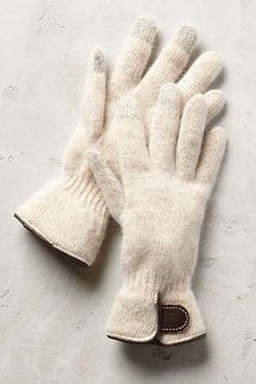 Albaron Gloves #anthrofave these look so warm and cozy:)