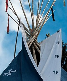 Ralph Lauren Colorado Tepee guest house. Handpainted by Native American artists : Celebrity Style : Architectural Digest