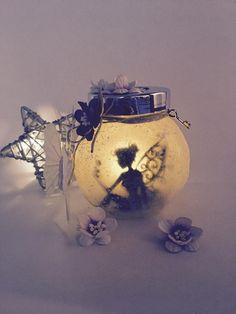 Photophore lanterne fée 2 fleurs papillon : Chambre d'enfant, de bébé par la-fee-creations