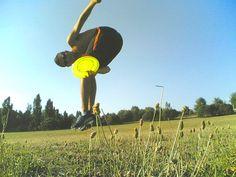 Discipline con il frisbee - prima parte http://www.piccolini.it/tips/579/discipline-con-il-frisbee-prima-parte/