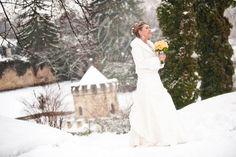 #Winter#Bride#in#castle#park