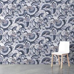 Ikuchi by Merenda Wallpaper seen at Private Residence, New York Accent Wallpaper, More Wallpaper, Wall Installation, New Artists, Designer Wallpaper, New York, Graphic Design, Living Room, Inspiration