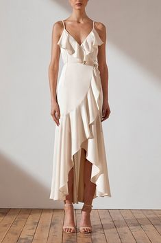 wedding outfit Shop the Shona Joy Luxe Bias Frill Wrap Dress in Crème. Browse a huge range of colours & styles. Over 250 dresses to shop. Elegant Dresses, Pretty Dresses, Sexy Dresses, Dresses For Work, Summer Dresses, Formal Dresses, Wrap Dresses, Wedding Dresses, Vintage Dresses