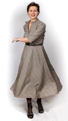 Платье в клеточку из «лапки»