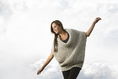 Josefina pullover: Pattern by Laura Zukaite. DYI crafts, yarn crafts, knit, knitting, handknitting, knitwear, knitted alpaca. knitted pattern. Made of Puyu yarn: Baby Alpaca and Silk. Amano. Made in the Andes, Peru. Yarn love.