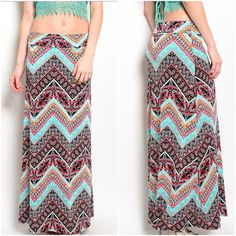 """Cute print maxi skirt Sz medium **Please compare YOUR measurements to the ones noted.  Just because the size tag states size small medium large doesn't mean it fits like one  cute and colorful maxi skirt  medium   Size medium waist 34 hips 32    length with waist folded over is 41"""" from top to bottom I AM 5'8"""" and you can see the length on me  excellent quality  brand new without tags  96% polyester/4% spandex  Nice satiny touch with stretch Skirts Maxi"""