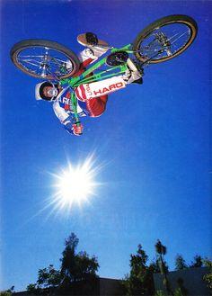 Dennis McCoy / Inverted air!