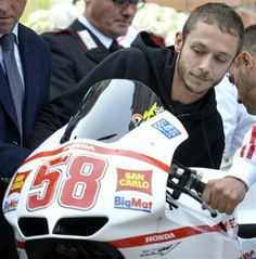 Rossi remembering his friend Simoncelli