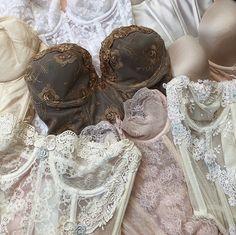 Jolie Lingerie, Lingerie Set, Women Lingerie, Corsets, Pretty Lingerie, Fashion Outfits, Womens Fashion, Swagg, Passion For Fashion
