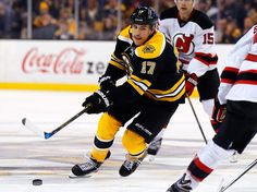 Lucic Becoming a Leader for the Bruins - http://thehockeywriters.com/lucic-becoming-a-leader-for-the-bruins/