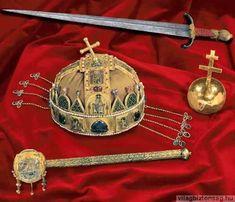 A Szent Korona koronázási ékszerek