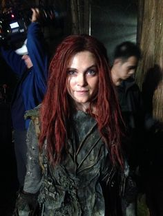 @jaydubhair Clarke's red hair! #The100Season3 #hairdept #BTS