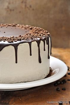 Τούρτα cappuccino/Cappuccino cake Drip Cake Recipes, Easy Cake Recipes, Sweet Recipes, Dessert Recipes, Greek Desserts, Party Desserts, Vanilla Bean Cakes, Chocolate Drip Cake, Decadent Cakes