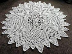 "Sunburst Pineapple doily, 20"", crochet pattern free on ravelry"