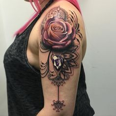 Tattoo arm vrouw rozen 21 New ideas Badass Tattoos, Mom Tattoos, Trendy Tattoos, Popular Tattoos, Body Art Tattoos, Hand Tattoos, Tattoos For Guys, Tattoos For Women, Tatoos