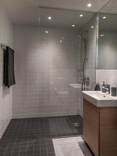 Home - Select Living Interiors Modern Bathroom Design, Alcove, Bathtub, Interior, Bathing, Homes, House, Standing Bath, Bathtubs