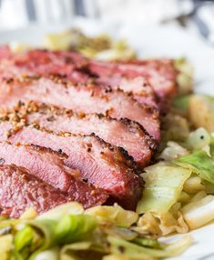 The best way to make corned beef. Directions for how to bake corned beef and how long corned beef should cook to make the perfect baked corned beef. Beef Brisket Recipes, Meat Recipes, Dinner Recipes, Cooking Recipes, Baked Corn Beef Brisket Recipe, Corned Beef Seasoning, Corned Beef In Oven, Corn Beef Oven, Beef