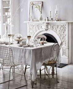 """Salas de jantar """"brilhantes"""""""