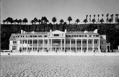 White House on the beach ▪ Hearst & Davies Beach Mansion Santa Monica Beach, California
