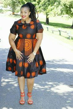 Your designser ought to adorn you with flattering Ankara styles for you. Here are some of the flattering Ankara styles for plus-sized beauties; African Inspired Fashion, African Print Fashion, Africa Fashion, Gq Fashion, Fashion Styles, Kids Fashion, African Print Dresses, African Fashion Dresses, African Dress