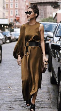 Street Style Fashion / Fashion Week Week , Street style fashion / fashion week , Fall Fashion + Style (Women's Fashion Outfits and Trends) Source by Fashion Week, Look Fashion, Urban Fashion, Girl Fashion, Fashion Outfits, Womens Fashion, Fashion Design, Fashion Trends, Fashion Ideas
