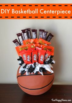 Looking for a centerpiece for a basketball banquet or party? Need a gift for a basketball player or coach? You'll want to make this Basketball Centerpiece! Basketball Crafts, Basketball Tricks, Basketball Mom, Basketball Shoes, Basketball Awards, Basketball Cupcakes, Soccer Banquet, Street Basketball, Basketball Scoreboard