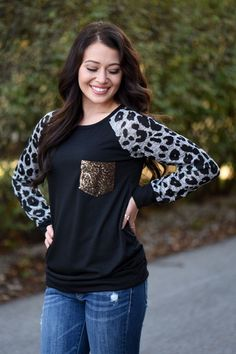 Leopard Bling Top ~ Grey – The Pulse Boutique