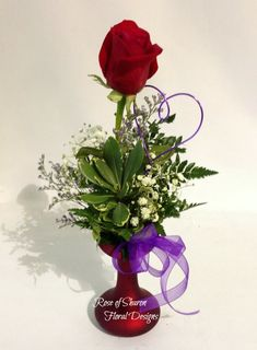 Single Rose Bud Vase with a Variety of Foliage and Filler, Rose of Sharon Floral Designs Get Well Soon Flowers, Standard Roses, Anniversary Flowers, Sola Flowers, Rose Of Sharon, Single Rose, Topiary, Bud Vases, Rose Buds