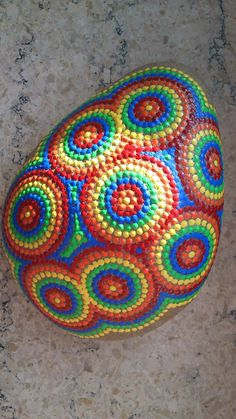 Dot painting stone RAINBOWDROPS of lovingly hand-painted River pebbles, weatherproof and UV-resistant, 11 cm diameter