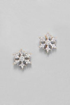 Crystal Snowflake Earrings//