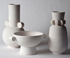 The ceramic studio of Eric Roinestad Ceramic Cups, Ceramic Pottery, Pottery Art, Modern Ceramics, Contemporary Ceramics, Grands Pots, Keramik Design, Chaise Vintage, Pottery Sculpture