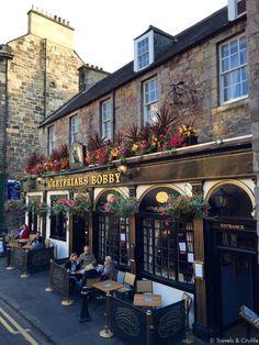 Beautiful Architecture, Beautiful Buildings, Beautiful Places, Places To Travel, Places To Visit, Uk Pub, Edinburgh City, Pub Design, British Pub