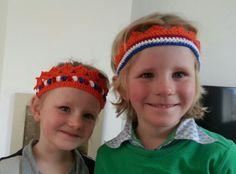 Neuwe kroontjes ♡. Die van dochterlief volgens onderstaand patroon  http://www.wolplein.nl/blog/kroontje-haken/