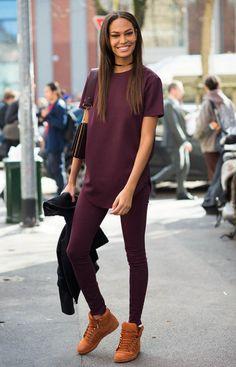 joan-smalls-street-style-gold-choker-all-burgundy