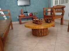 Mesa de centro: base tora madeira + mesa pedra mineira