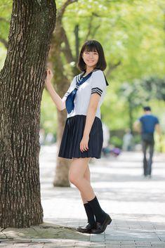 いつもの場所で、いつもの笑顔。Ayane School Uniform Fashion, Japanese School Uniform, School Outfits, Black Hair, Sailor, Skater Skirt, Ballet Skirt, Poses, Asian