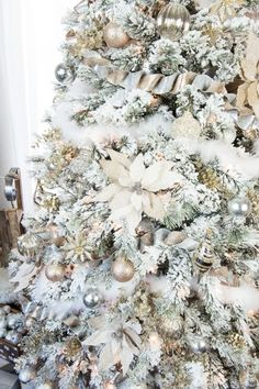 how to decorate a flocked gold and silver winter wonderland christmas tree u2013 michaels dream tree