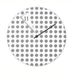 Linee rigorose e taglienti caratterizzano un orologio innovativo che tende a minimalizzare il concetto di tempo: <strong>FreakishCLOCK</strong>, combina la silhouette tradizionale dell'orologio da parete con un design fresco e originale. Invece di avere una normale lancetta delle ore, in FreakishCLOCK è l'<strong>intera faccia dell'orologio</strong> a ruotare, mostrando il trascorrere delle ore attraverso il foro geometrico sul disco, che svela i numeri scritti al di sotto di esso.  Un ...