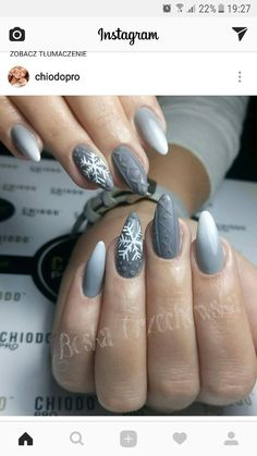 Winter nails grey nail design Christmas nail art design Nails NailArt Nai n gel Winter Nails 2019, Winter Nail Art, Grey Nail Designs, Winter Nail Designs, Nails Kylie Jenner, Nagellack Trends, Gray Nails, White Nails, Glitter Nails