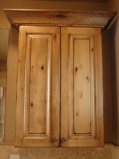 Knotty Alder Kitchen Cabinets 2020 - Home Comforts Pine Kitchen Cabinets, Kitchen Cabinet Design, Kitchen Redo, New Kitchen, Kitchen Remodel, Kitchen Ideas, Walnut Kitchen, Kitchen Inspiration, Kitchen Storage
