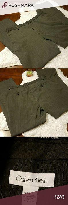 Calvin Klein dress pants Mens Mens excellent quality Calvin Klein dress pants in gray. 34/32 Calvin Klein Pants