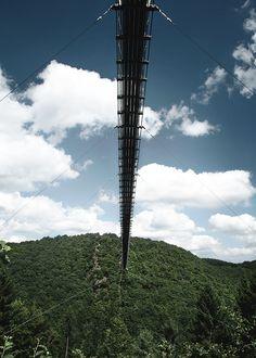 5 Ziele für Tagesausflüge in die Eifel | HELLO WANDER Die Eifel, Utility Pole, Camper, Germany, Wonderful Places, Hiking Trails, Caravan, Travel Trailers, Deutsch